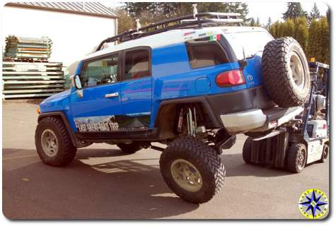 fj cruiser flexing suspension