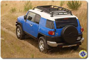 2007 fj cruiser in field