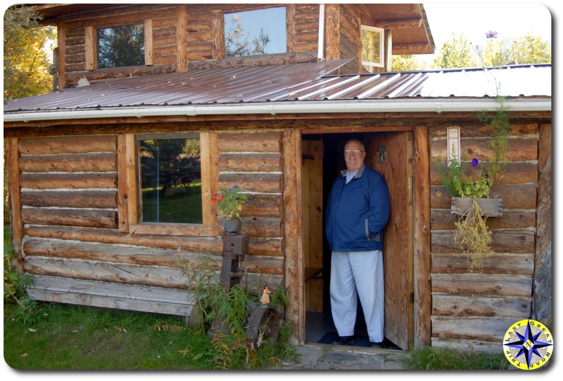 deluxe cabin wiseman alaska