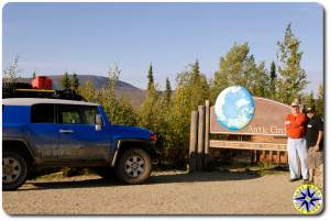 fj cruiser dalton highway arctic circle sign