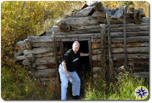 old alaskan cabin