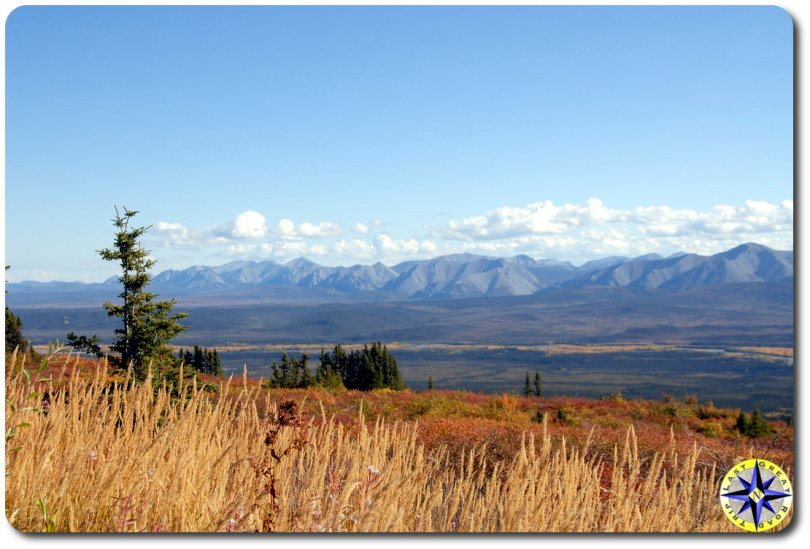 dempster highway valley view