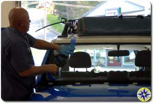 installing fj cruiser windshield