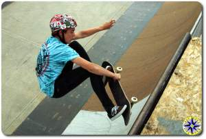 skateboard half pipe