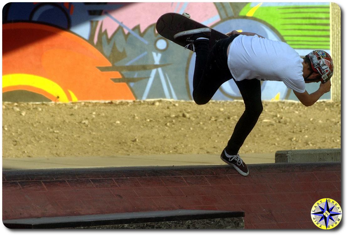 back side boneless skateboarding