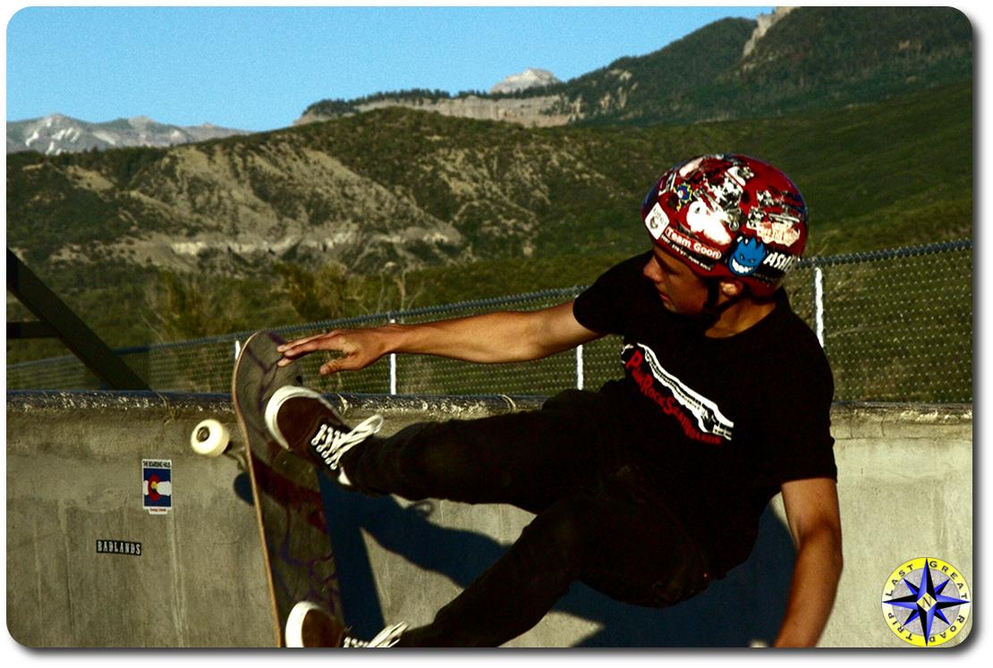 skateboard dropping in pool
