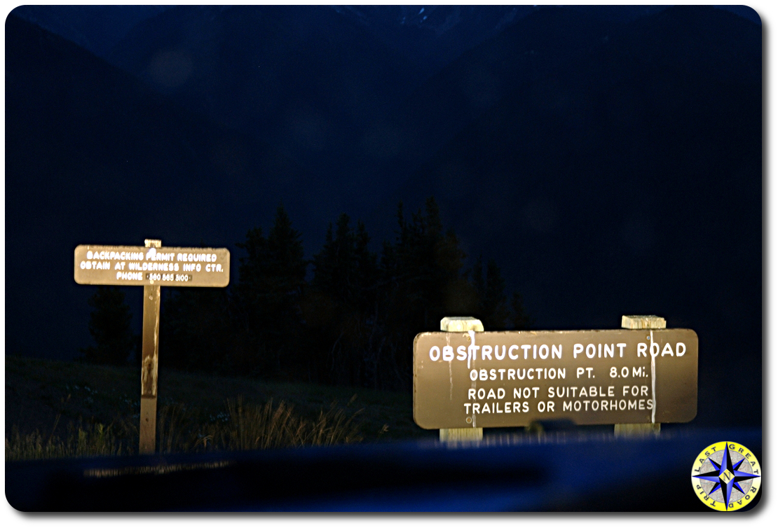 obstruction point road sign