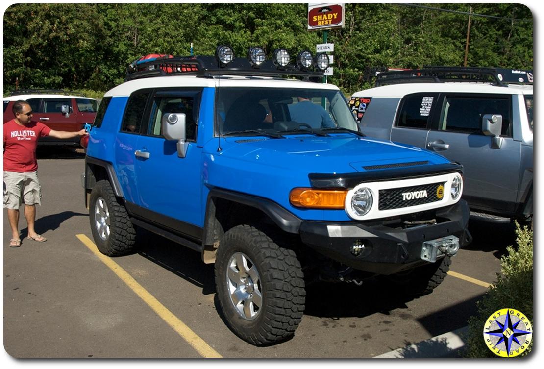 voodoo blue toyota fj cruiser parked