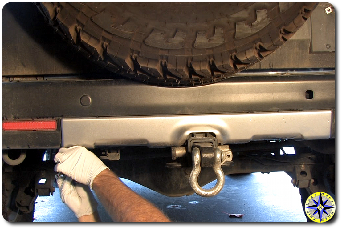 fj cruiser rear bumper bottom bolt removal