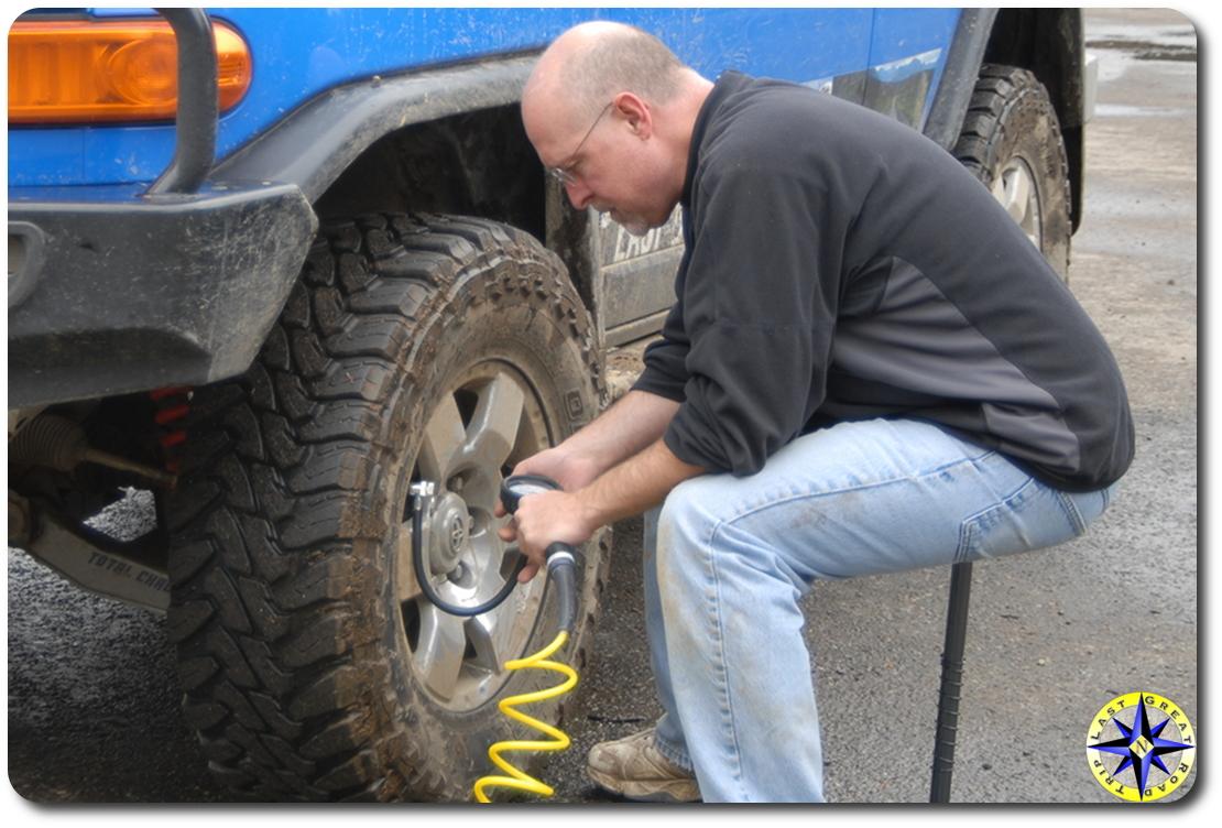 airing up fj cruiser 4x4 tire