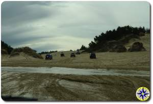 fj cruisers on florence sand dunes