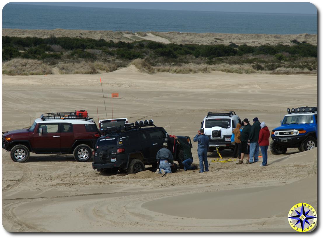 jacking up fj cruiser in sand dunes
