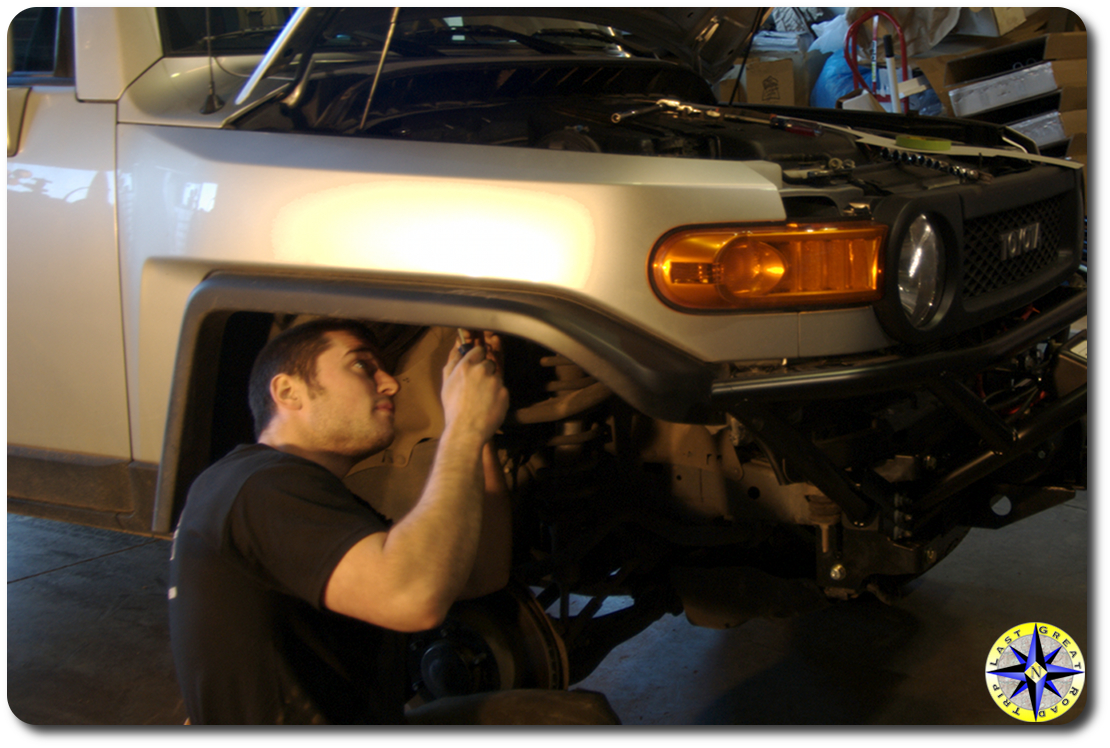 removing fj cruiser fendor apron