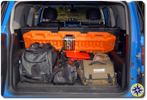 fj cruiser packed maxtrax
