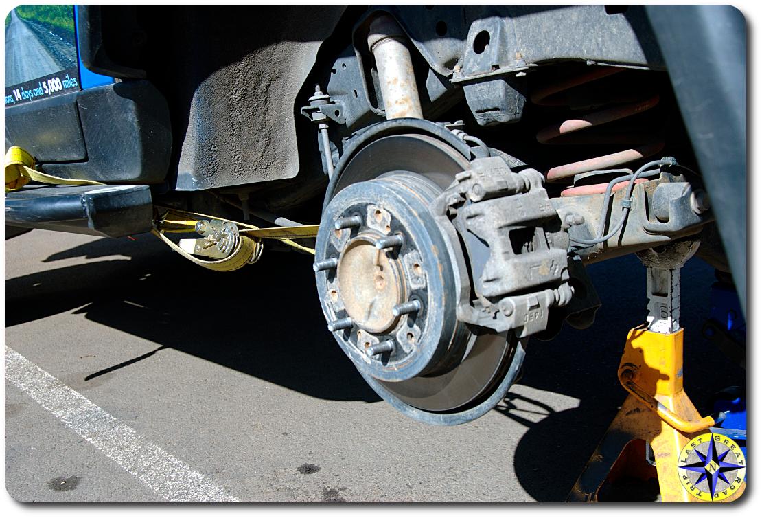 fj cruiser rear lower control arm install