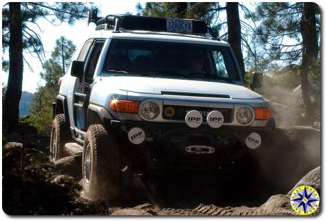 sliver fj cruiser driving rubicon trail