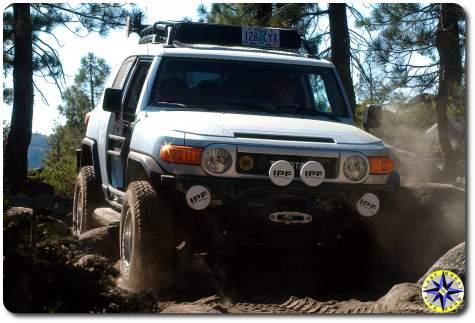 sliver fj cruiser driving rubicon trail