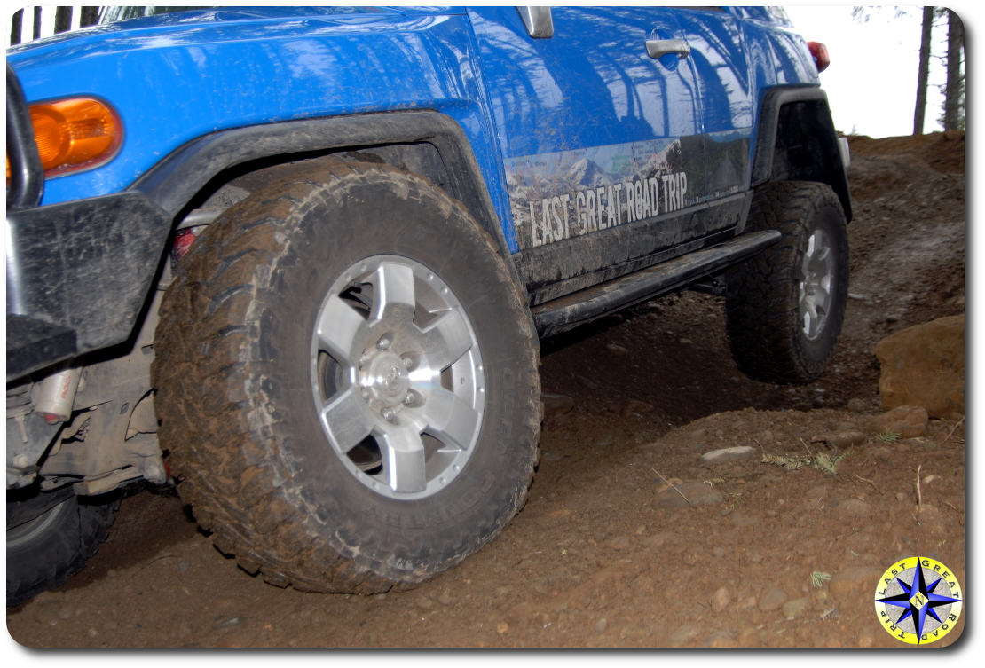 fj cruiser toyo open country MT tire flexing