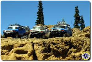 fj cruisers on clif edge