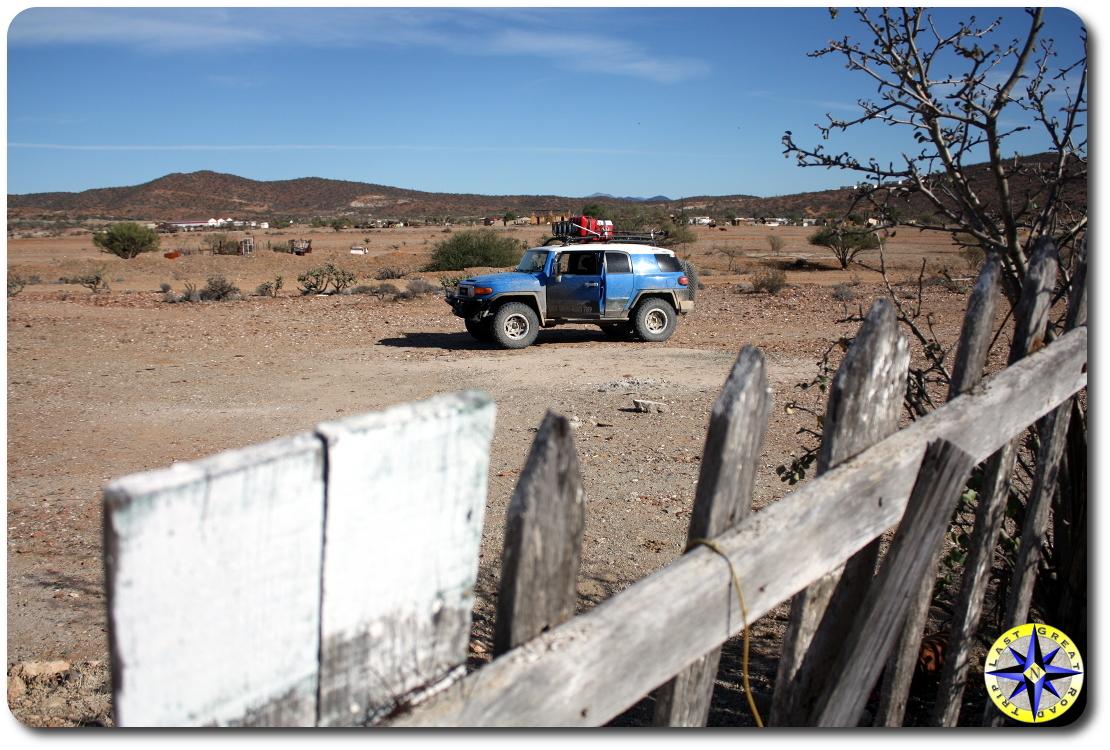 toyota fj cruiser old fence baja mexico