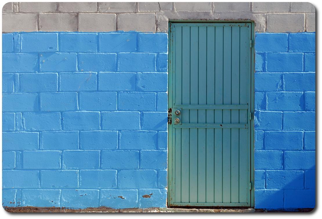baja chaple door