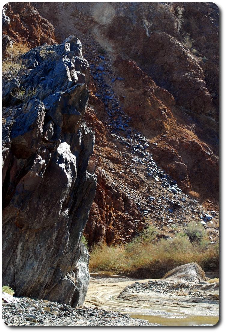 baja river rock