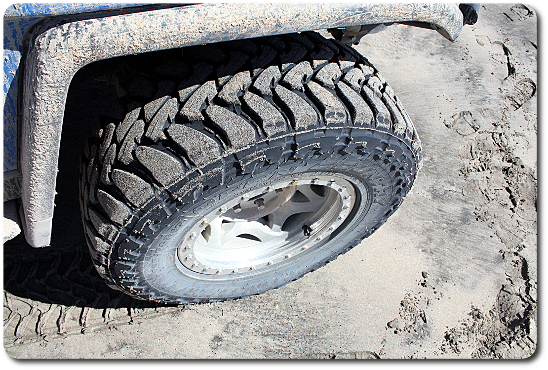 toyo open country m/t tire in sand