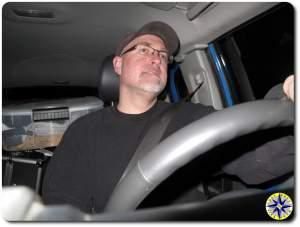 man driving fj cruiser