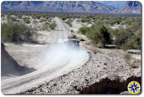 fj cruiser dusty baja mexico dirt road