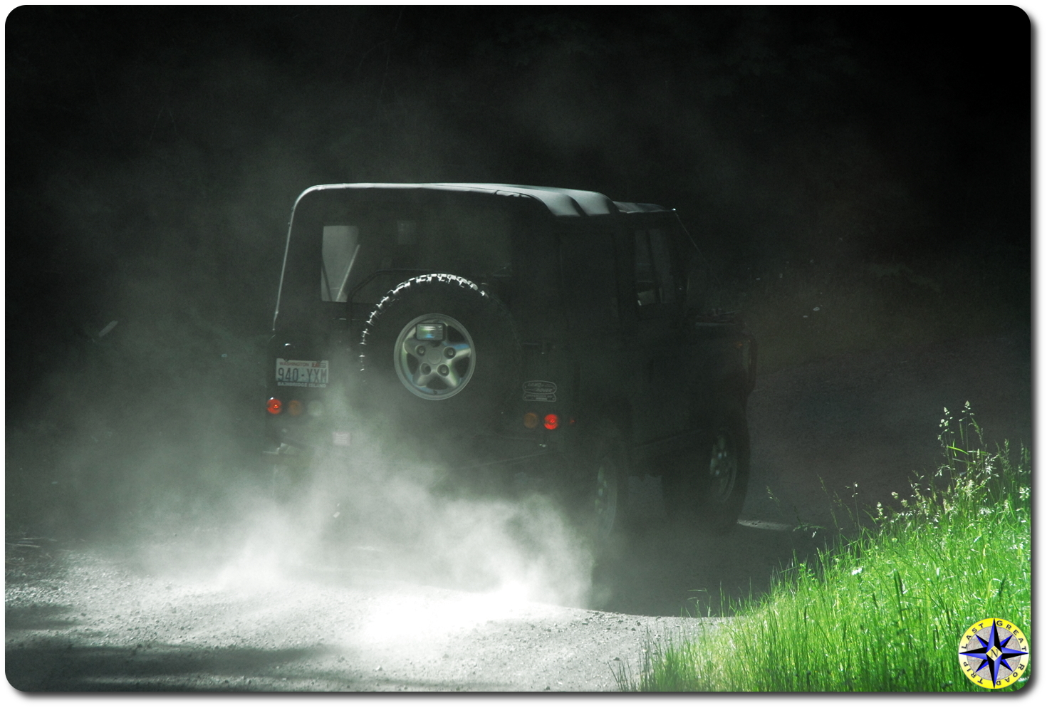 Dusty Land Rover D90