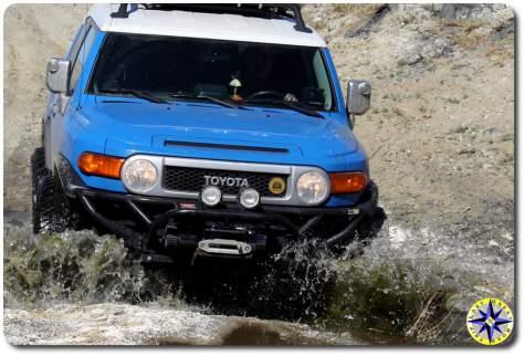 toyota fj cruiser water crossing baja mexico