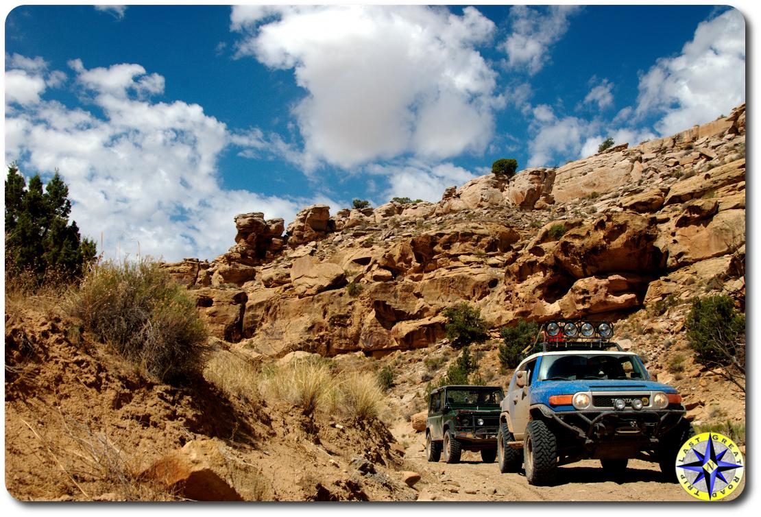 fj cruiser d90 in canyon