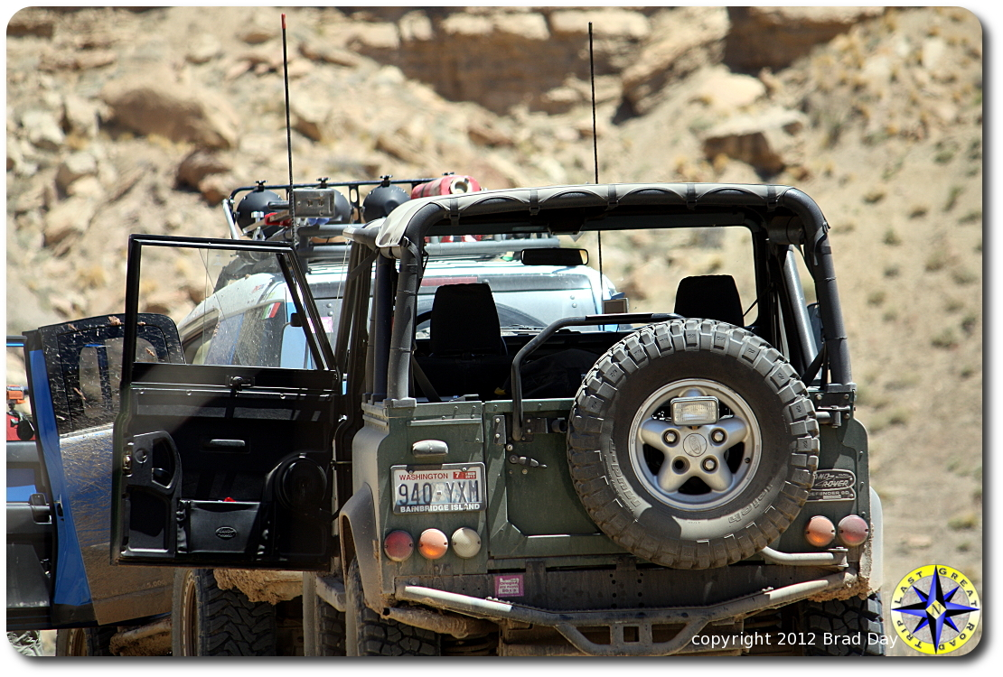 toyota fj cruiser and land rover defender 90