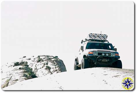 fj cruiser on baby lions back moab