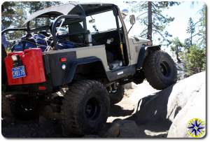 fj 40 on Rubicon trail