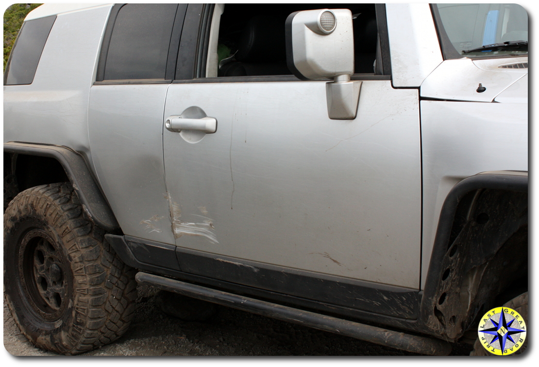 FJ cruiser damaged on rubicon trail