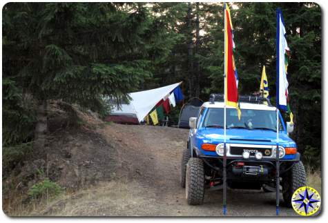 fj cruiser prayer flags camping