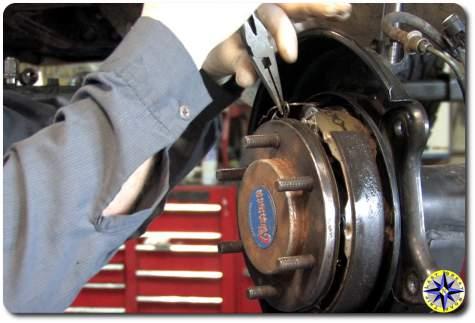 FJ Cruiser Parking Brake Shoes