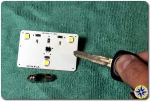 fj cruiser dome light bulb and LED chip comparison