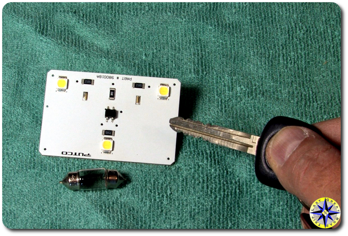 dome light bulb LED chip compare