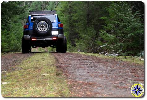 fj cruiser two track road