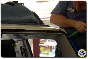fj cruiser windshield install