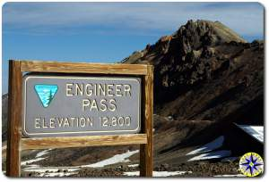 engineer pass trail sign