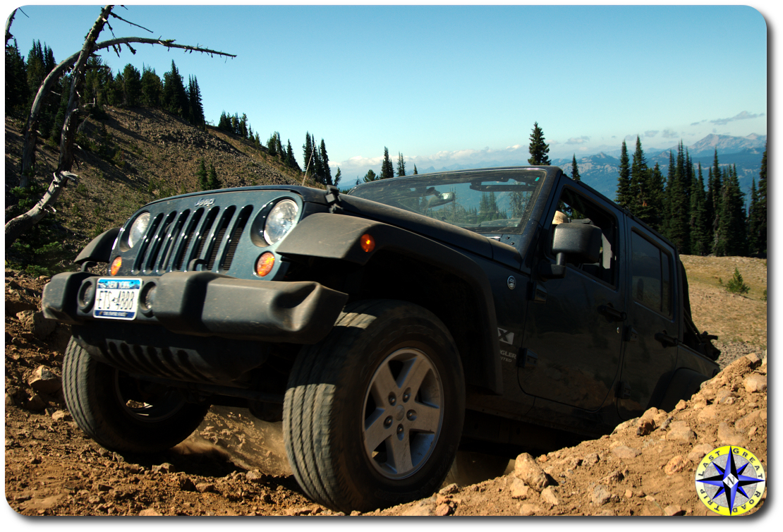 Jeep wrangler climbing 4x4 trail