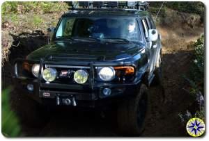 black fj cruiser muddy 4x4 trail tillamook forest