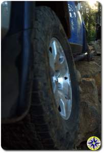 closeup fj cruiser tire rocks tillamook forest