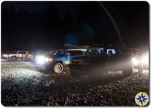 fj cruisers at night