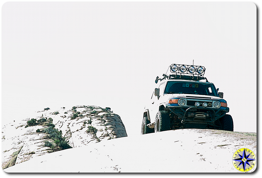 fj cruiser on baby lions back moab