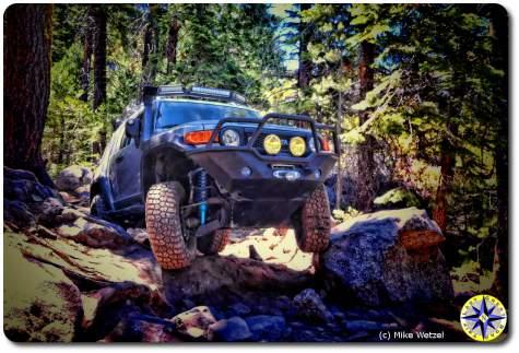 fj cruiser rubicon trail rock crawling