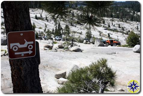 fj cruiser rubicon trail jeep sign